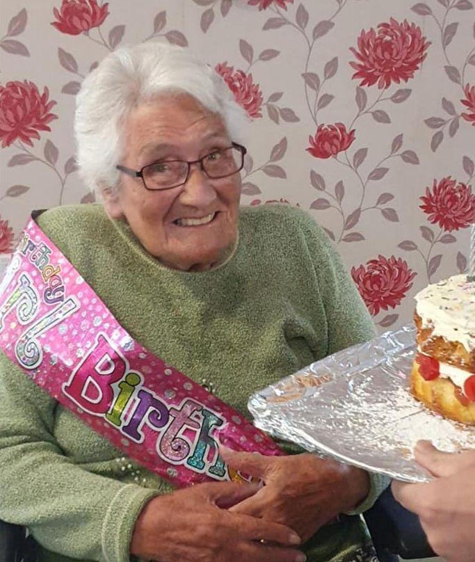 Celebrations at Alexander House for Doris